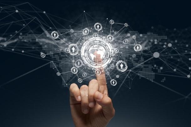 La transformation digitale n'est plus considérée comme une tendance mais reconnue comme une absolue nécessité. Le Plan de relance est une opportunité pour initier ou accélérer votre digitalisation.